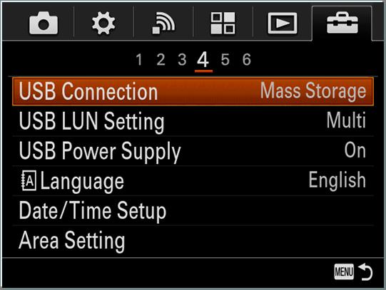 1. 通过随机附带的usb连接线连接相机与电脑.